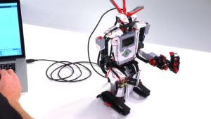 ربات - آکرومارکت - تکنولوژی