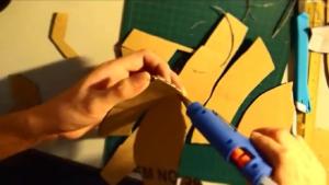 ساخت ماسک مرد آهنی با مقواکارتن-ابرقهرمانSuperhero-مردآهنی-فیلم سینمایی-ژانر ابرقهرمانی