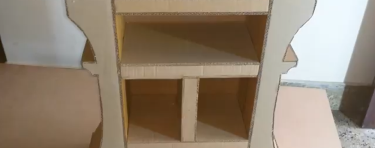 ساخت یک کتابخانه کوچک با کارتن مقوایی