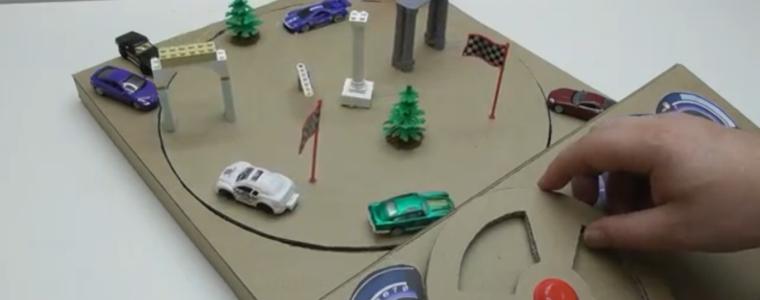 ساخت صفحه بازی اتومبیلرانی